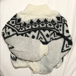 XS Hollister Balloon Sleeve Sweater
